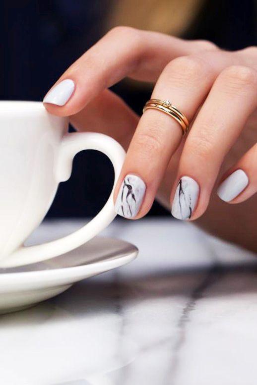 Фото дизайна ногтей на осень 2018