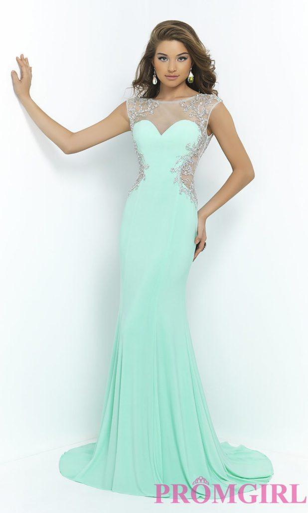 0f513bd999f Отдельно стоит отметить платья в греческом стиле. Они все также популярны