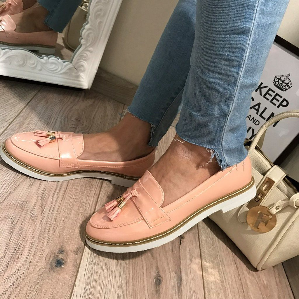 3ba90f62e970 Модные женские туфли 2018 года  тенденции и тренды на фото