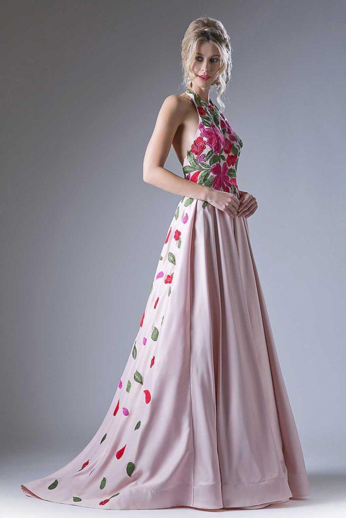 7d5f854af24 Каждый год дизайнеры предлагают нам массу новых идей и вариантов этого  наряда. Какие платья будут актуальны в 2018 году
