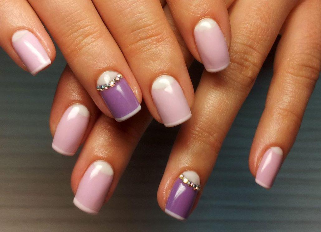 Фото ногтей с цветами по краю 37