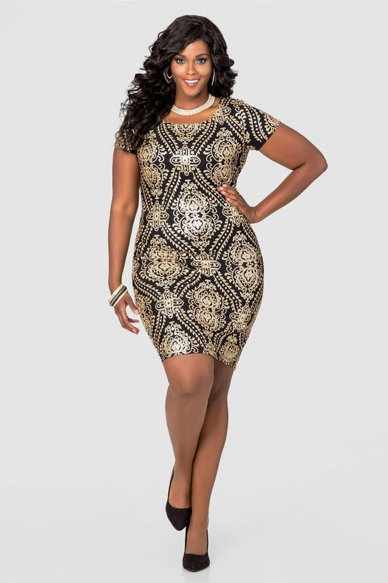 fa73990cb7a 100 самых красивых платьев на Новый 2018 год для полных женщин