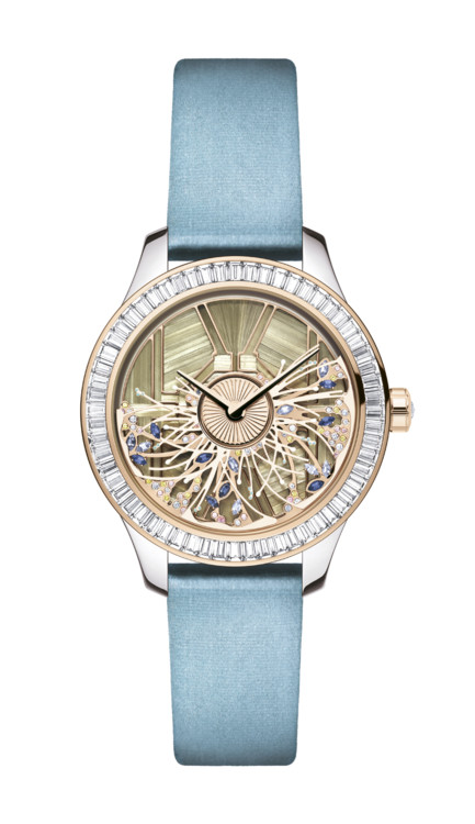 7124bee1 Серия женских часов Grand Bal les Jardins выполнена в жанре Версаля и его  садов, а модель La Mini D de Dior Satine Tressée имитирует шикарную  текстуру ...