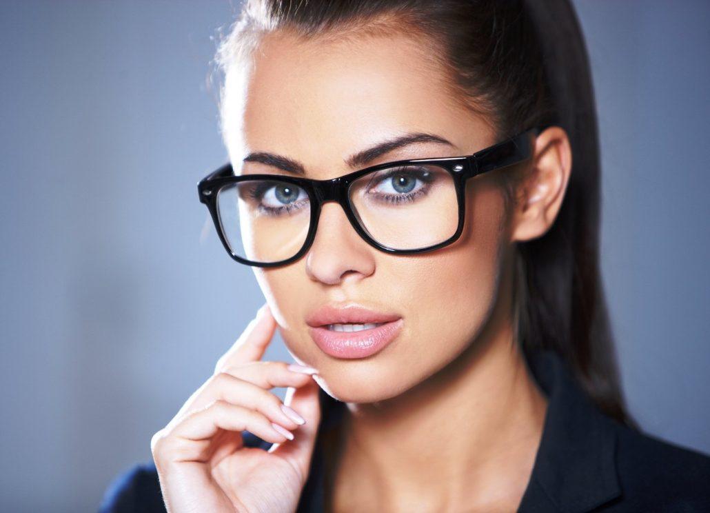 Секса, девушки в очках для зрения брюнетки фото