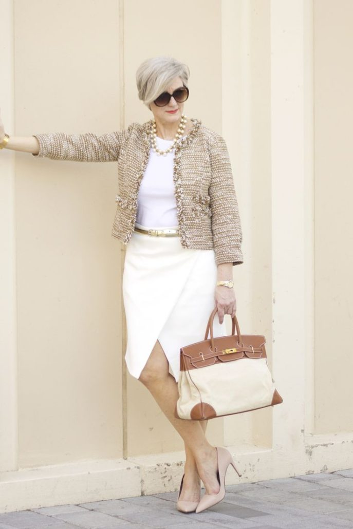 Мода 2018 для женщин за 50  как одеваться и выглядеть стильно ed5743f71a0