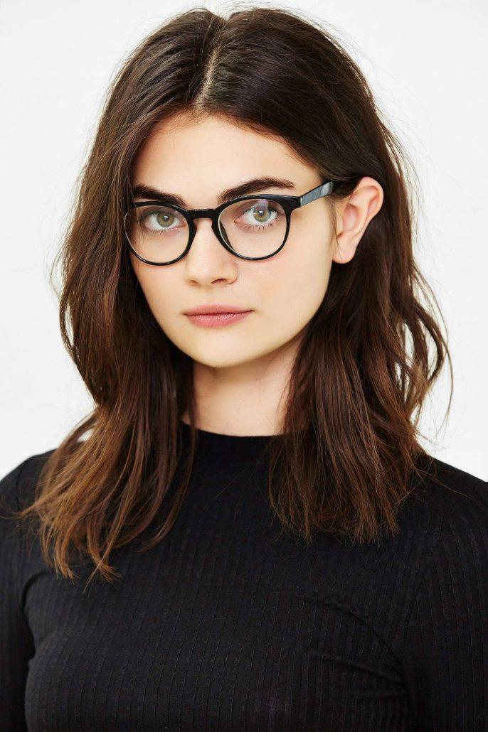Проститутки, девушки в очках для зрения брюнетки фото