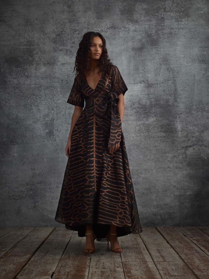 91ebc4f1d35 Модные тренды лета 2018 года  одежда и аксессуары (100+фото)