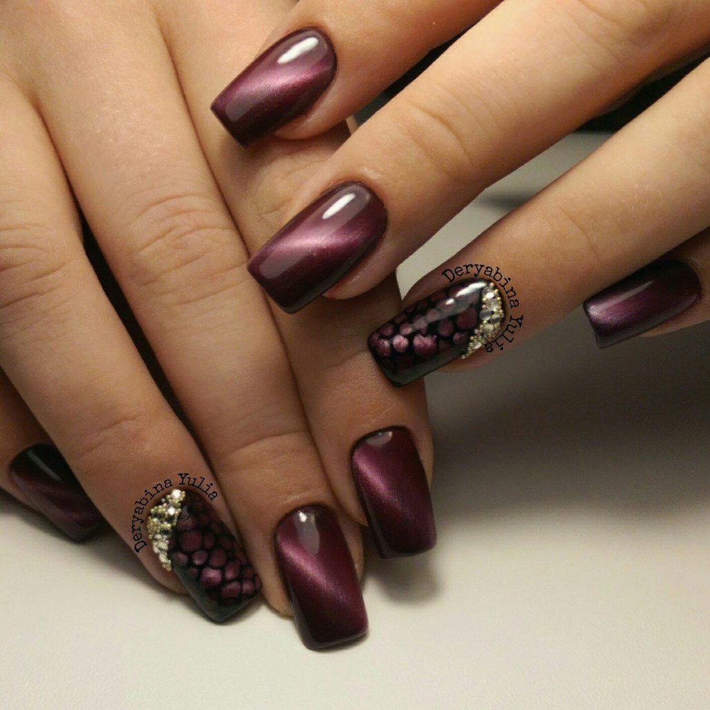 Бордовый красивый дизайн ногтей фото