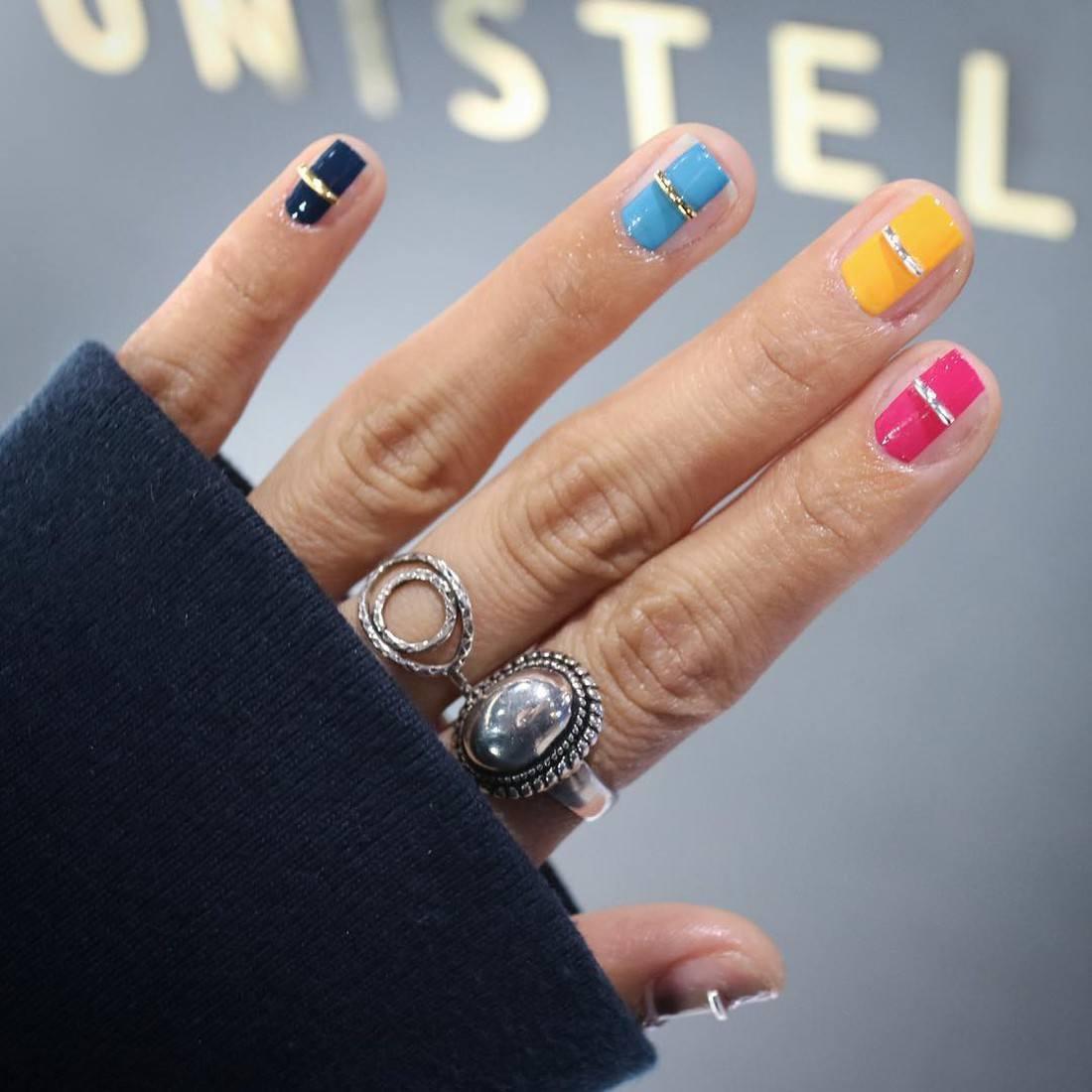 дизайн ногтей с камнями сваровски - Тюменский издательский дом