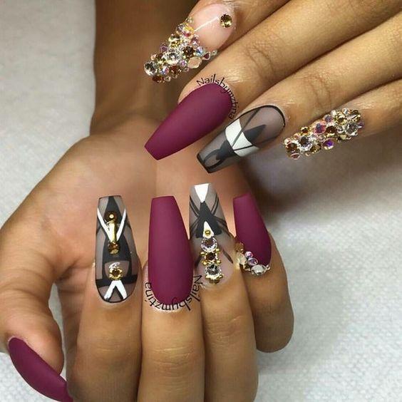 Розовые Ногти С Черным Рисунком