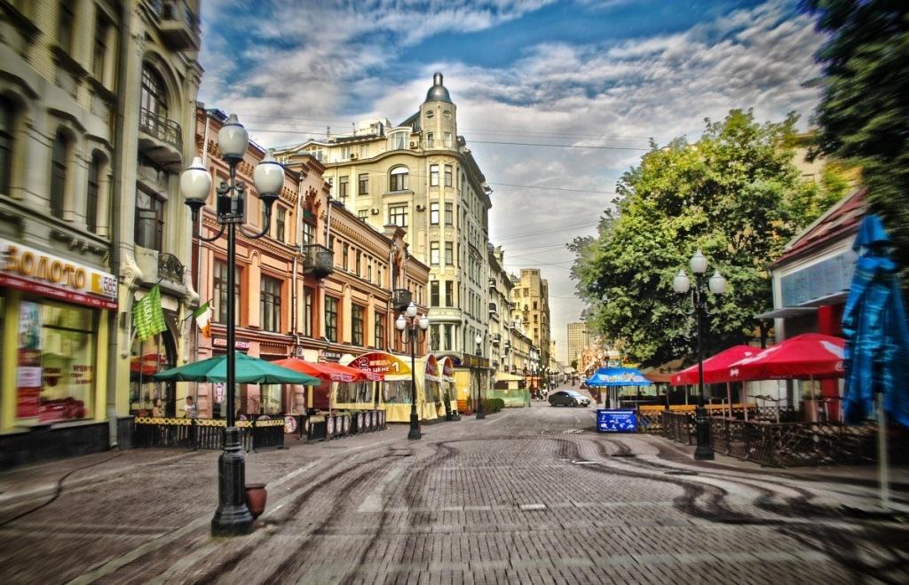 Старые улицы москвы фото динамично