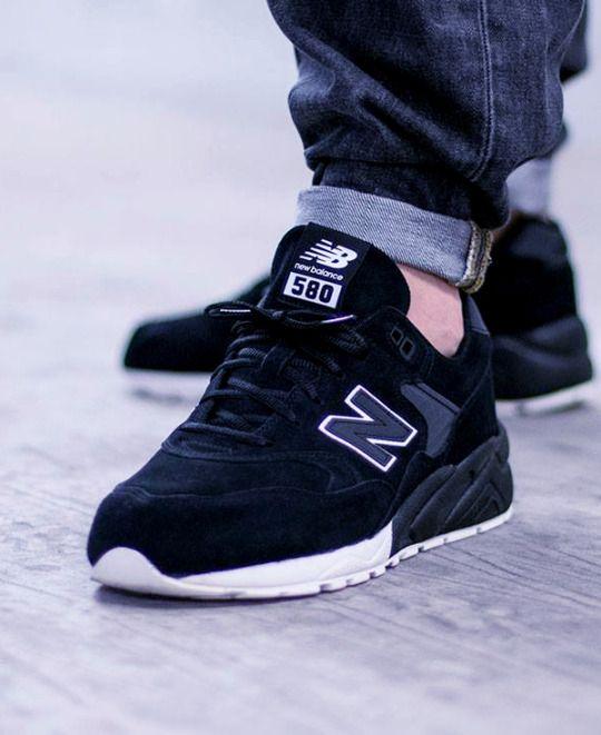 f90f2044203a Если вы хотите знать то, какие мужские кроссовки сейчас в моде, то  достаточно будет посмотреть фото далее.