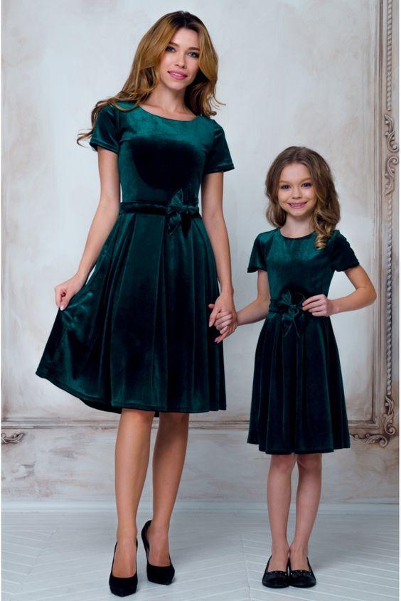 b13eb6d75c1 Модные платья для девочек 10 лет  100+ фото самых красивых нарядов