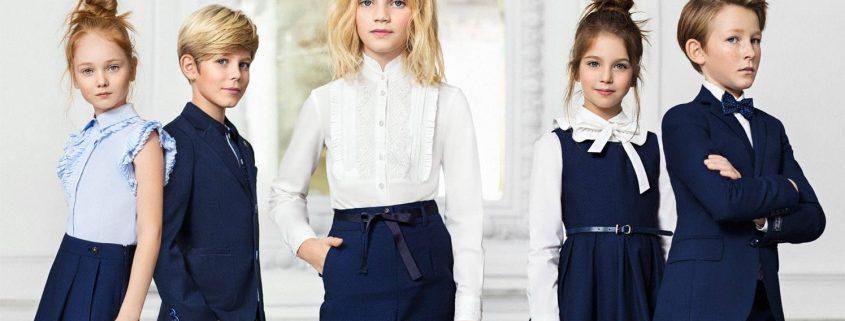 Девушка модель современной школьной работы работа новый уренгой для девушек