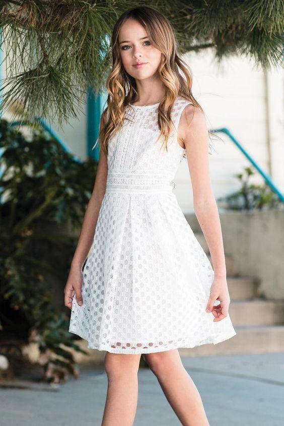 99df34c9083 Модные платья для девочек 10 лет  100+ фото самых красивых нарядов