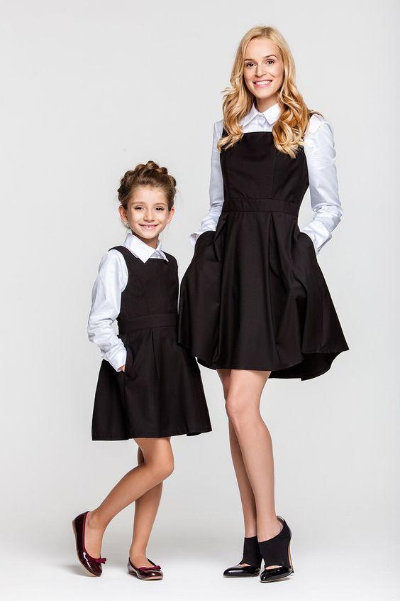 8aa7dcea1ed Водолазка или кофта дополнят школьный наряд вашего ребенка в прохладные  дни. Школьная одежда для девочек постарше — довольно разнообразна  это  может быть ...