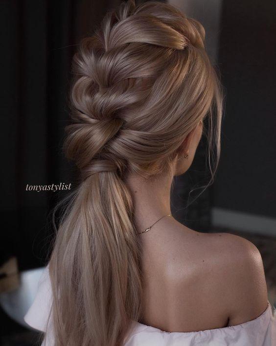Деловые прически на короткие волосы фото