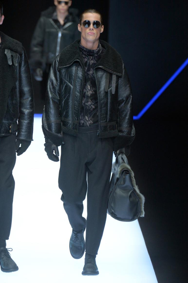 Новая классическая мужская куртка осень-весна от vels, цена - 1500 ... | 1160x772