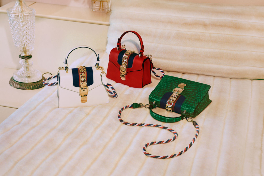 bc1c9010e8e9 Модные женские сумки 2019: 100+ фото трендов, тенденций, новинок