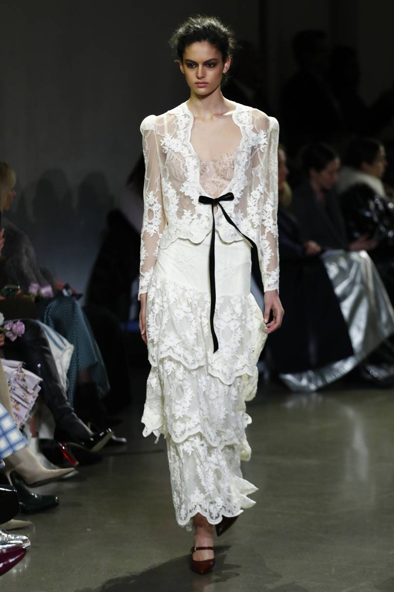4d9a905f35f Белое кружевное платье  100+ модных новинок