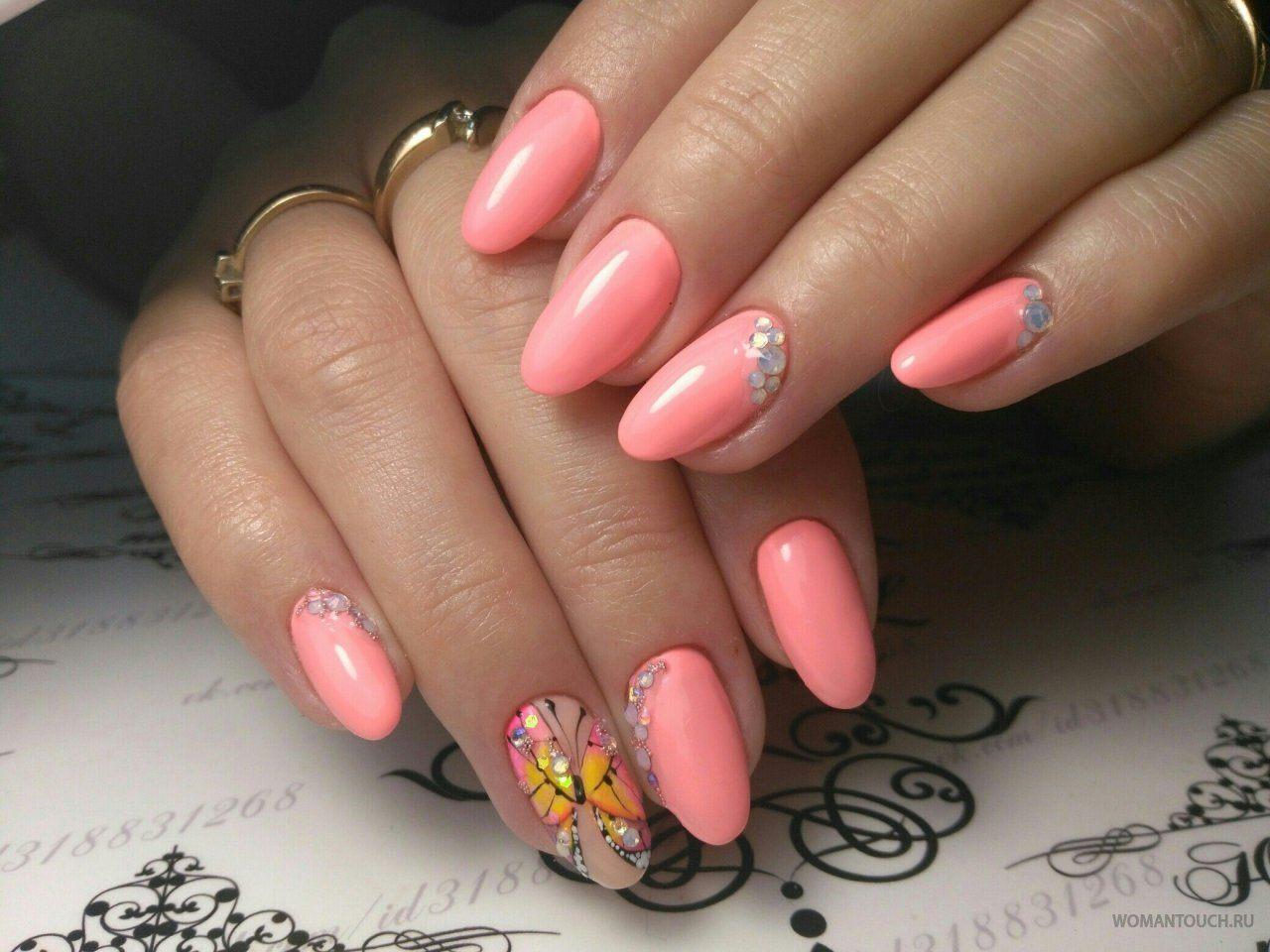 верхний дизайн ногтей весна 24 розовый