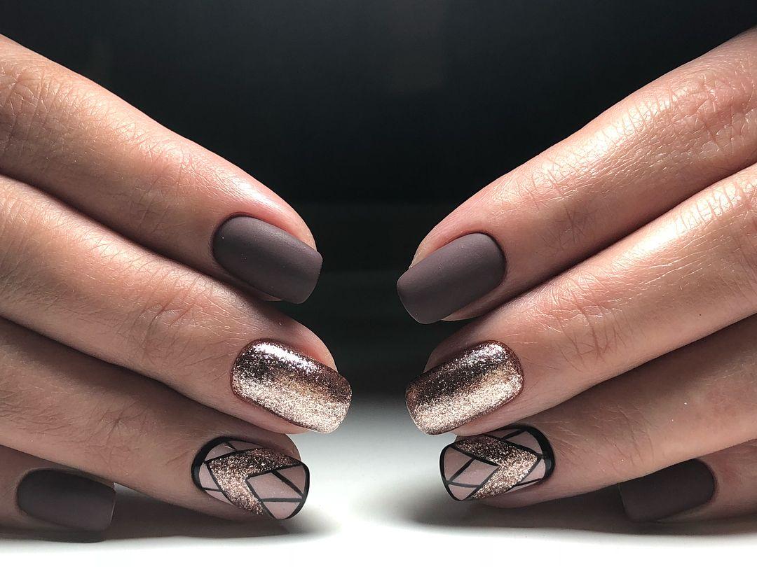 Удивительно дизайн ногтей в коричневых тонах фото