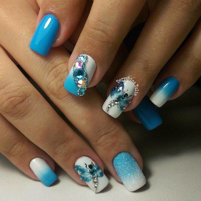 Арт декор на ногтях