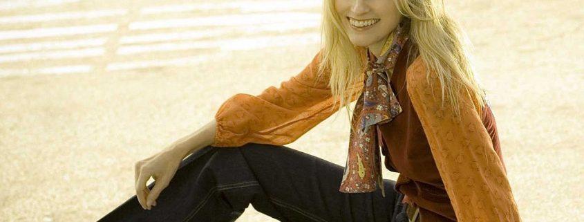 1f2383e9656 Модные женские джинсы 2019  75 самых практичных моделей на фото