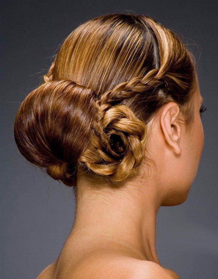 Клубные прически на средние волосы фото