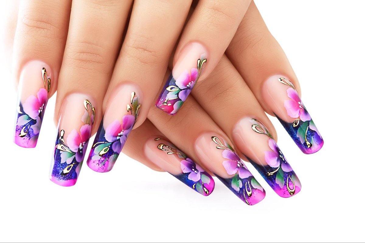 Френч на ногтях картинки с фоном цветов