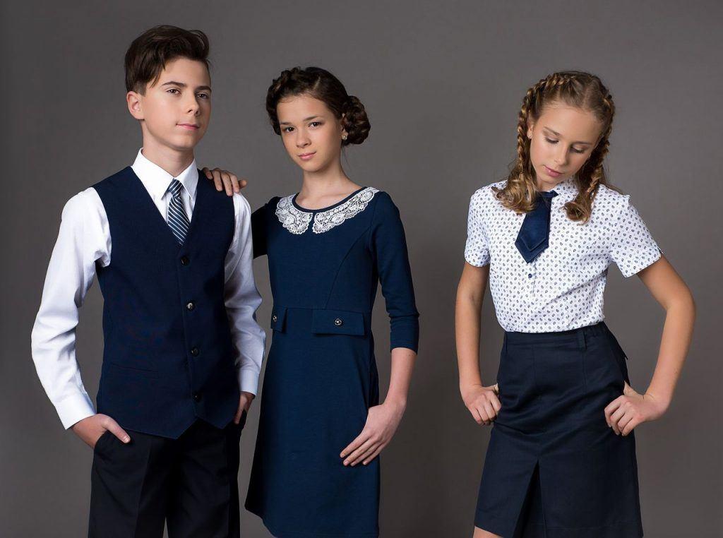 Девушка модель современной школьной работы модельное агенство сокол
