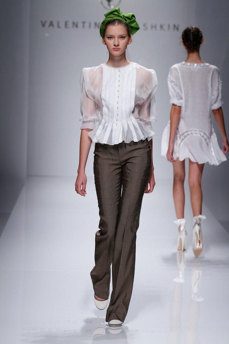 фото шифоновых блузок с показов высокой моды оборонке