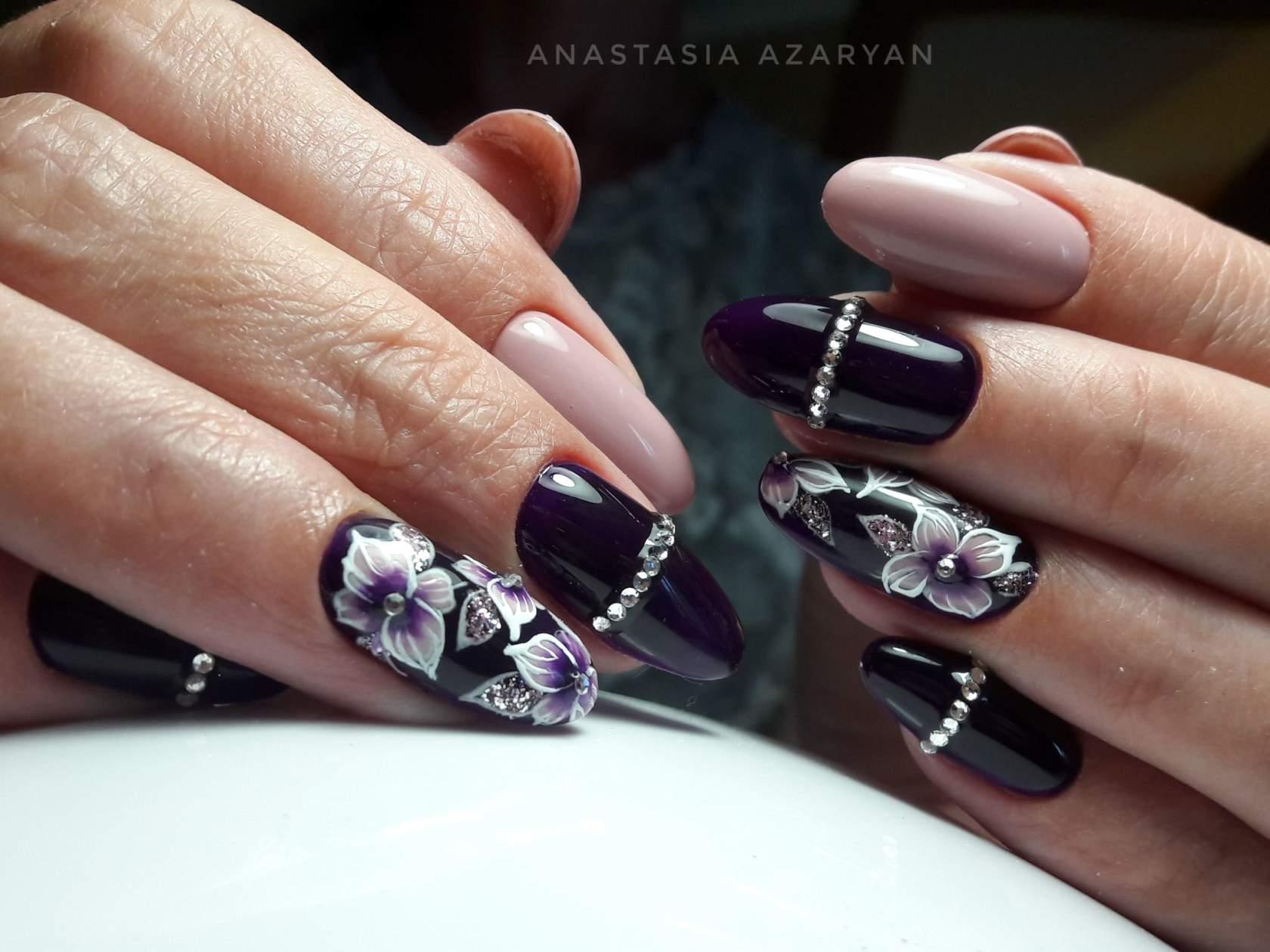 Delicato Colore Viola Pallido magica manicure viola