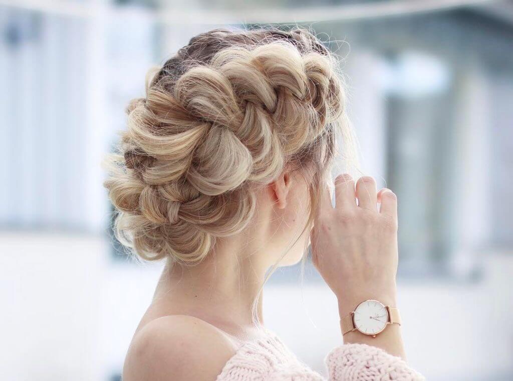 Прическа коса с одной стороны