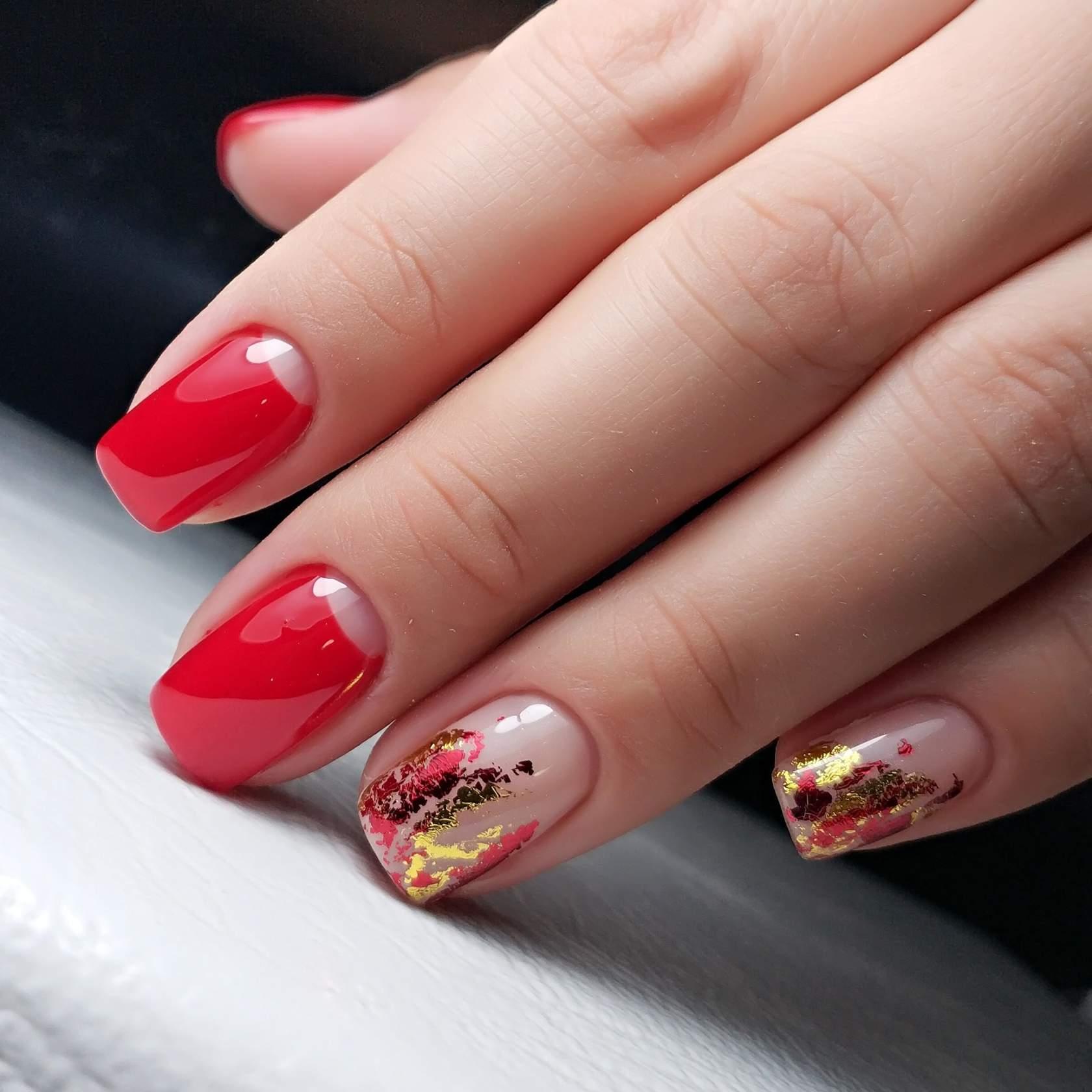 Дизайн ногтей красный с фольгой фото новинки