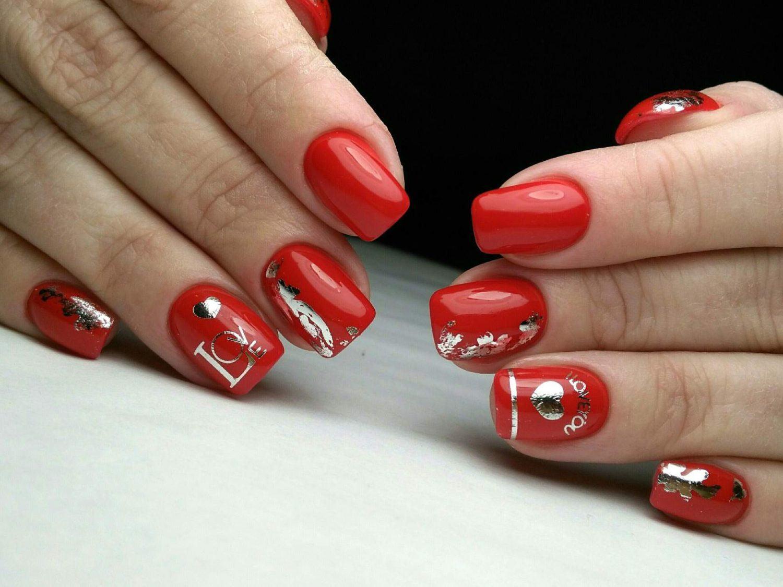 Czerwony Manicure Trendy W Modzie Obecny Design 2020